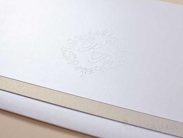 Linha Objective com Encarte
